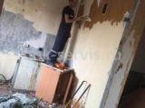 Услуги демонтажников для снятия обоев в квартире на ул.Испытателей